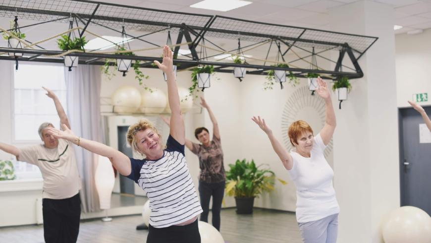 Seniorem s radostí